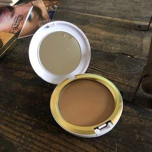 MAC Limited edition bronzer